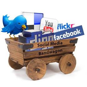 vagón social media, flickr, facebook,youtube,twittergoogle plus, pintarest,publicidad, villafranca de los barros
